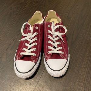 NEW Chuck Taylor All Stare Unisex Low Top Shoe
